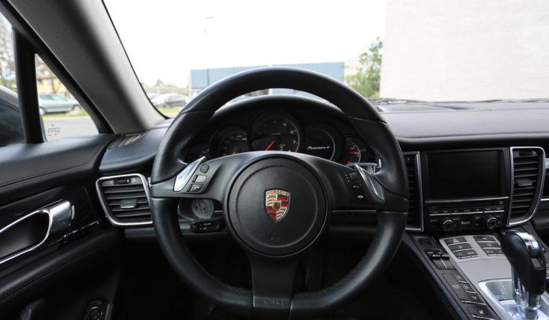 Porsche Panamera 4 full