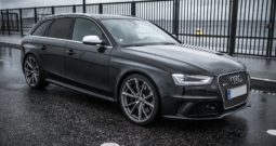 Audi RS4 Avant Quattro S-TR