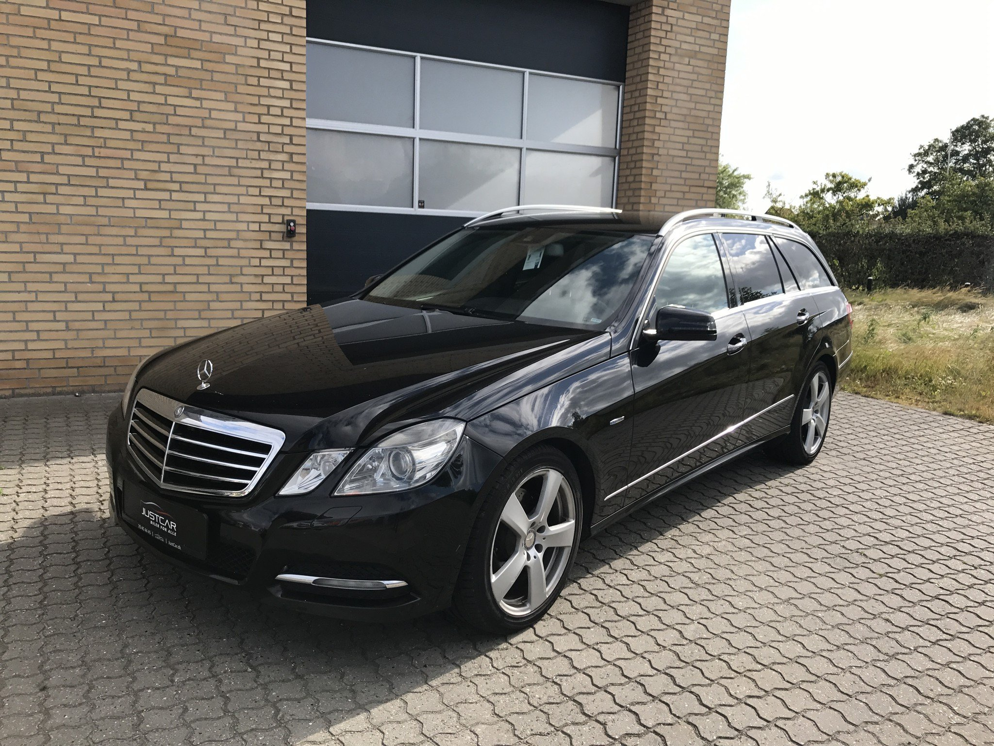 mercedes benz e 350 2011 4matic blueefficiency flexleasing. Black Bedroom Furniture Sets. Home Design Ideas